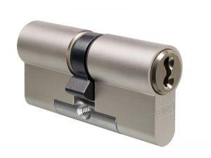 costo serratura porta auto